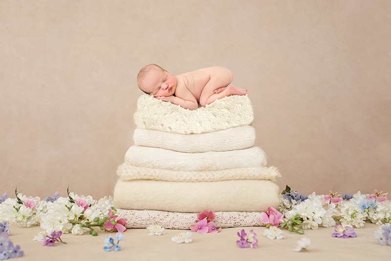 Creative newborn Whitby photography